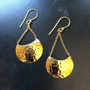 Gold 14kt plated dangle hammered earrings.